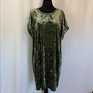 NEW!!! FOREVER 21+ DRESS